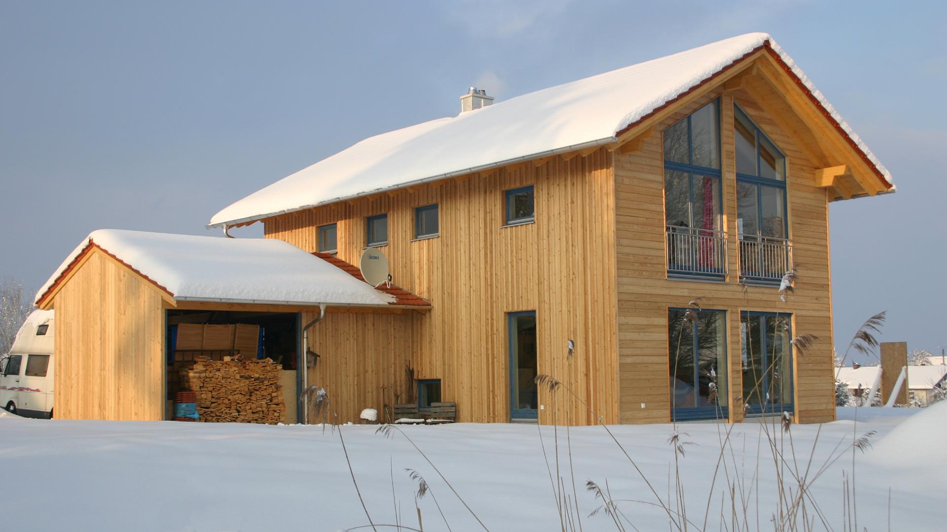 zimmerei maicher niedrigenergie massivholzhaus f r perfektes wohnen. Black Bedroom Furniture Sets. Home Design Ideas